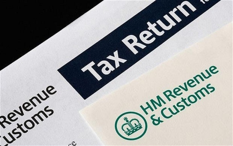 Directors tax retu